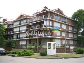 https://www.gallito.com.uy/alquilo-de-los-mejores-apartamentos-de-carrasco-inmuebles-20177912