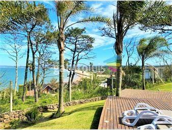https://www.gallito.com.uy/venta-de-casa-mansion-punta-ballena-vista-al-mar-5-dorm-inmuebles-20182913
