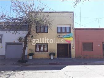 https://www.gallito.com.uy/casa-centrica-muy-luminosa-y-soleada-de-301-m2-inmuebles-20192515