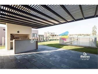 https://www.gallito.com.uy/living-estar-3dorm-serv-barrio-mirador-piscinaparrillero-inmuebles-20146564