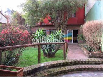 https://www.gallito.com.uy/casa-en-venta-4-dormitorios-fondo-pdte-berro-tres-cruces-inmuebles-20261752