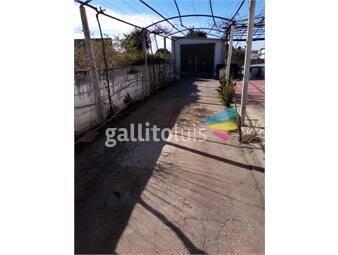 https://www.gallito.com.uy/2-casas-con-garaje-cochera-gran-fondo-patio-belvedere-inmuebles-20270480