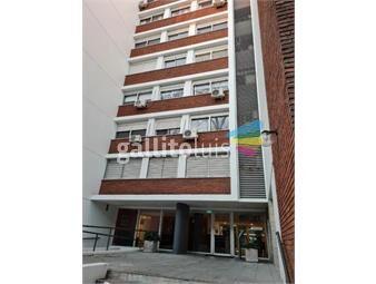 https://www.gallito.com.uy/luminoso-amplio-con-garage-200mts-de-libertador-inmuebles-18990448