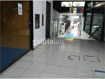 https://www.gallito.com.uy/local-en-galeria-litoral-24-m2-en-2-plantas-gs-cs-s-3600-inmuebles-17664076
