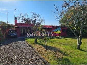 https://www.gallito.com.uy/vende-casa-en-costa-azul-250-mts-de-la-playa-impecable-inmuebles-20390002