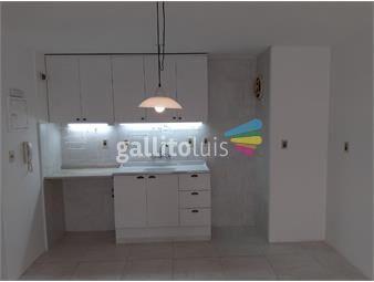 https://www.gallito.com.uy/amplio-monoambiente-impecable-con-patio-de-uso-exclusivo-inmuebles-20414395