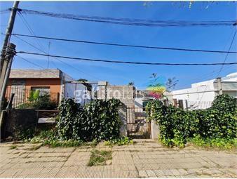 https://www.gallito.com.uy/vende-terreno-de-252-m2-con-un-frente-de-11-mts-permuta-inmuebles-20428366