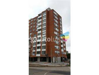 https://www.gallito.com.uy/piso-alto-vista-despejada-bajos-gastos-sobre-la-de-h-inmuebles-20440847
