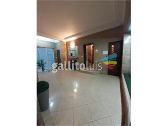 https://www.gallito.com.uy/ca906-apto-de-epoca-cbalcon-terraza-centro-proximo-a-inmuebles-20450102