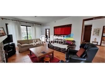 https://www.gallito.com.uy/proxima-clt-y-arocena-5-dormitorios-5-baños-jardin-piscina-inmuebles-20490918