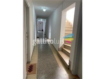 https://www.gallito.com.uy/932-apto-super-luminoso-x-escalera-la-blanqueada-prox-a-inmuebles-20533398