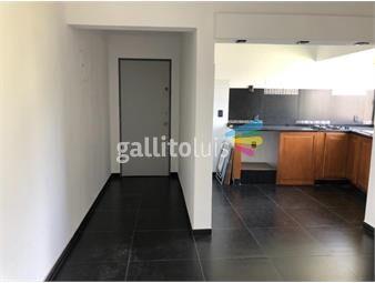 https://www.gallito.com.uy/pocitos-apartamento-alquiler-2-dormitorios-piso-5-con-balcon-inmuebles-20622793