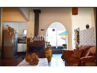 https://www.gallito.com.uy/dueño-vende-hermosa-casa-de-altos-con-gran-terraza-inmuebles-20632741