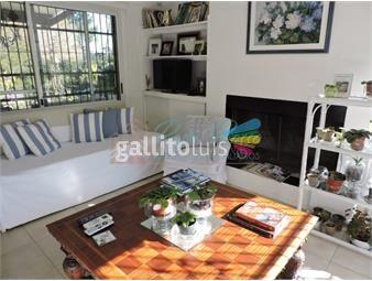 https://www.gallito.com.uy/casa-amplia-y-comoda-para-vivir-todo-el-año-inmuebles-16907492