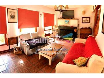 https://www.gallito.com.uy/casa-a-la-venta-carrasco-4-dormitorios-carrasco-inmuebles-17056838