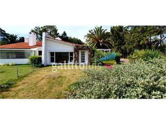 https://www.gallito.com.uy/venta-casa-con-vista-al-arroyo-el-tesoro-inmuebles-17145519