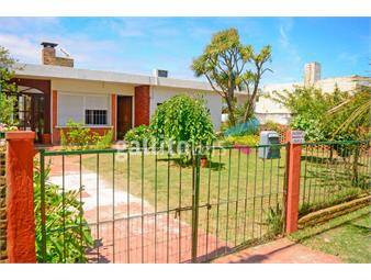 https://www.gallito.com.uy/2-casas-en-shangrila-en-un-mismo-padron-3-dormitorios-2-inmuebles-17071612