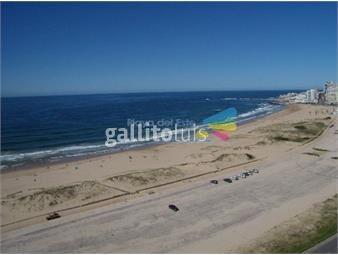 https://www.gallito.com.uy/apartamento-en-brava-3-dormitorios-inmuebles-17399439