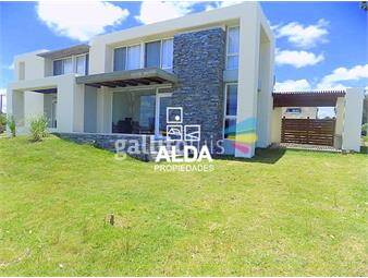 https://www.gallito.com.uy/casa-en-playa-grande-ph-iv-inmuebles-16235511