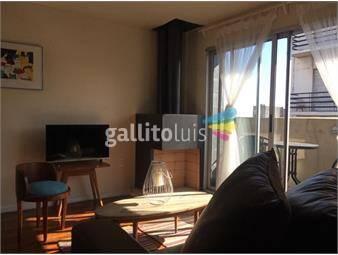 https://www.gallito.com.uy/casatroja-alquiler-apto-en-ciudad-vieja-con-muebles-inmuebles-17561775