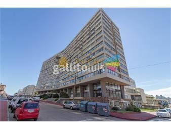 https://www.gallito.com.uy/apartamento-en-muy-buena-ubicacion-en-plena-peninsula-a-una-inmuebles-16743799