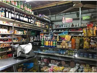 https://www.gallito.com.uy/con-renta-casa-y-local-comercial-a-pasos-de-arenal-grande-inmuebles-15144365