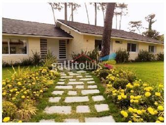 https://www.gallito.com.uy/casa-en-mansa-5-dormitorios-inmuebles-17597817