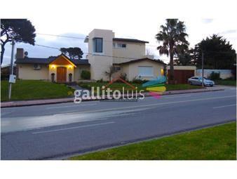 https://www.gallito.com.uy/casa-en-mansa-5-dormitorios-inmuebles-17597975