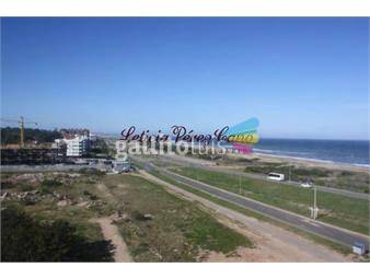https://www.gallito.com.uy/muy-comodo-apartamento-en-en-playa-brava-inmuebles-17650656