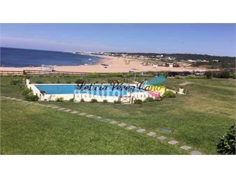 https://www.gallito.com.uy/venta-en-manantiales-3-dormitorios-frente-al-mar-inmuebles-17652715