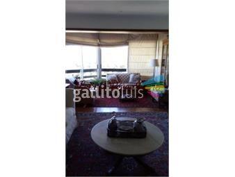 https://www.gallito.com.uy/amplio-apartamento-sobre-av-roosevelt-inmuebles-17652757