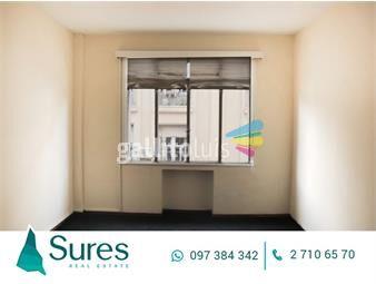 https://www.gallito.com.uy/oficina-en-alquiler-en-ciudad-vieja-inmuebles-15656525