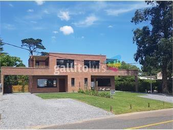 https://www.gallito.com.uy/casa-en-propiedad-horizontal-a-estrenar-en-pinares-3-dormi-inmuebles-17482468