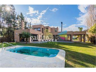 https://www.gallito.com.uy/alquiler-casa-de-4-dormitorios-en-altos-de-la-tahona-inmuebles-17734037