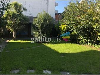 https://www.gallito.com.uy/amplia-casa-en-parque-batlle-inmuebles-17763632