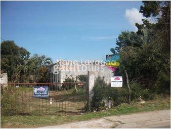 https://www.gallito.com.uy/terreno-en-maldonado-maldonado-nana-lavagna-propiedades-inmuebles-15276716
