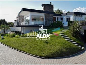 https://www.gallito.com.uy/casa-en-proa-al-mar-isla-verde-inmuebles-17900226