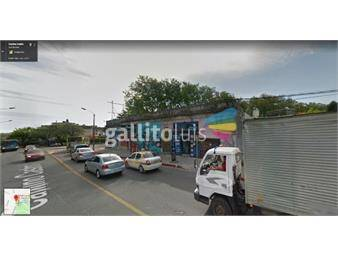 https://www.gallito.com.uy/terreno-con-mejoras-en-castro-y-raffo-inmuebles-16826856