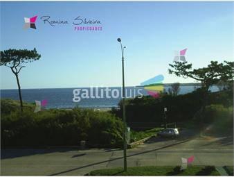 https://www.gallito.com.uy/apartamento-en-mansa-3-dormitorios-inmuebles-17949943