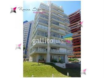 https://www.gallito.com.uy/apartamento-en-brava-3-dormitorios-inmuebles-17950307