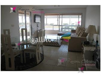 https://www.gallito.com.uy/apartamento-en-brava-3-dormitorios-inmuebles-17950501