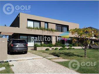 https://www.gallito.com.uy/vendo-casa-en-propiedad-horizontal-con-4-dormitorios-pisci-inmuebles-18011227