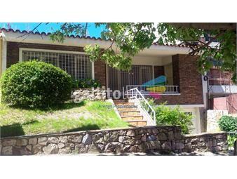 https://www.gallito.com.uy/venta-pocitos-terreno-o-casa-inmuebles-16876758