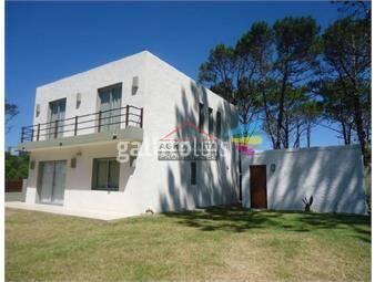 https://www.gallito.com.uy/casa-en-montoya-4-dormitorios-inmuebles-17598110