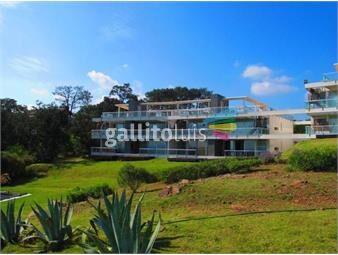 https://www.gallito.com.uy/comodo-apartamento-en-balena-bianca-inmuebles-17345740