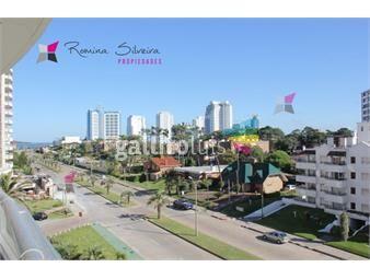 https://www.gallito.com.uy/apartamento-en-brava-2-dormitorios-inmuebles-17950315