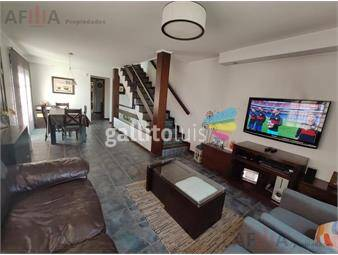 https://www.gallito.com.uy/venta-casa-tres-dormitorios-malvin-garaje-barbacoa-inmuebles-18126112