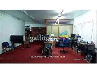 https://www.gallito.com.uy/18-de-julio-y-rio-branco-todo-al-frente-con-garage-inmuebles-17565910