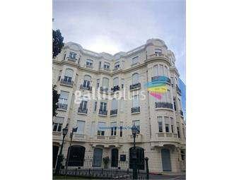 https://www.gallito.com.uy/de-categoria-duplex-en-plaza-zabala-inmuebles-17951245