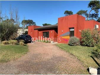 https://www.gallito.com.uy/casa-en-punta-del-este-la-arbolada-rosa-bosso-inmobiliar-inmuebles-18204762